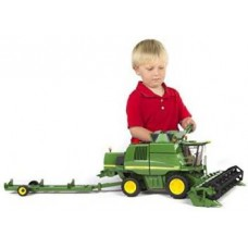 Bruder John Deere T670I Combine Harvester  (Green)